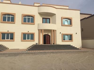 فیلا 8 غرفة نوم للايجار في مدينة شخبوط (مدينة خليفة B)، أبوظبي - فيلا جديده اول ساكن رائعه مع ملحق خارجي للايجار في مدينة شخبوط ( خليفه ب ) موقع مميز بسعر مغري 25000