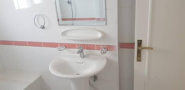 شقة 2 غرفة نوم للايجار في شارع إلكترا، أبوظبي - شقة في شارع إلكترا 2 غرف 50000 درهم - 4218358