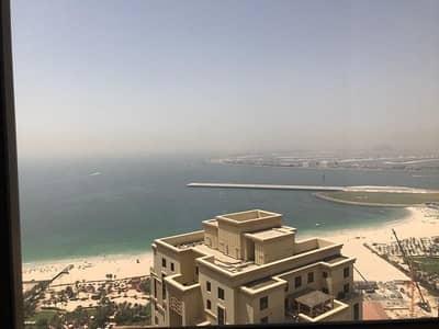 شقة 2 غرفة نوم للبيع في جميرا بيتش ريزيدنس، دبي - Spacious & Bright 2BR Apartment with Sea View
