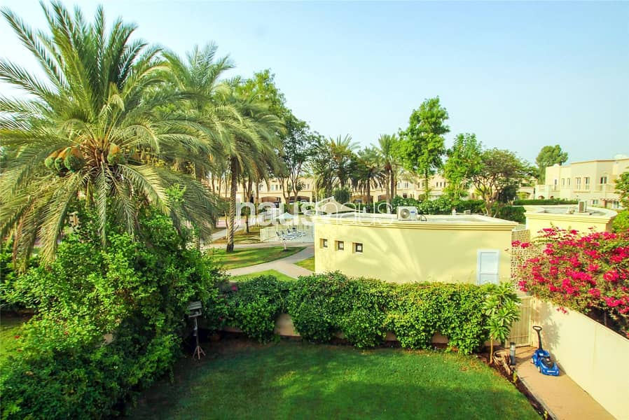 Rare Type 2E | Pool And Park View | Owner Occupied
