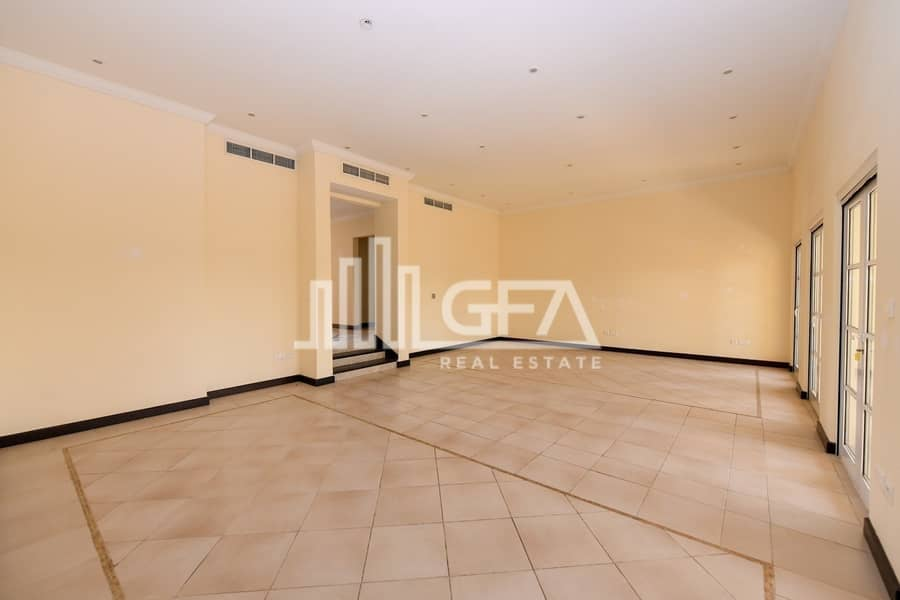 2 Spacious | Well Maintained | Large Plot