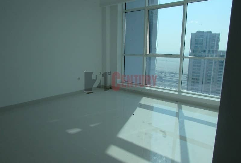 2 Best Deal! 1 Month free 1 BR+Laundry Burj View
