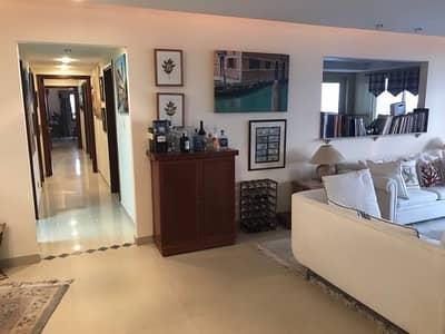 شقة في قرية الحمراء 4 غرف 1700000 درهم - 4218861