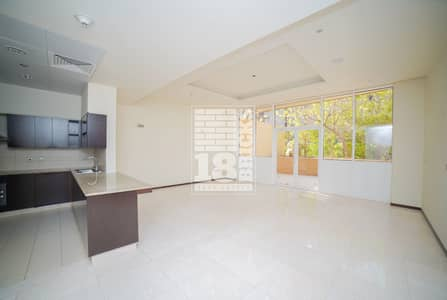 1 Bedroom Flat for Rent in Palm Jumeirah, Dubai - Sea View | Large Terrace | Wooden Floor