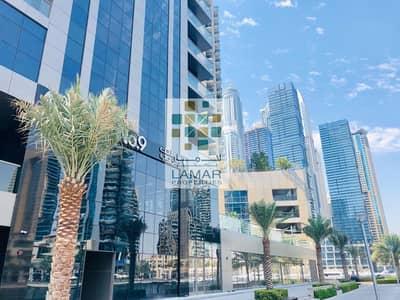 محل تجاري  للايجار في دبي مارينا، دبي - Marina facing shell and core with three months grows period