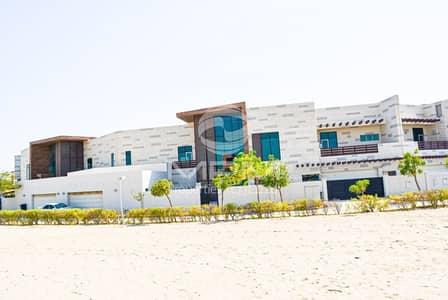 فیلا 5 غرفة نوم للايجار في المقطع، أبوظبي - Luxury 5 Bedroom Sea front Villa in Hills