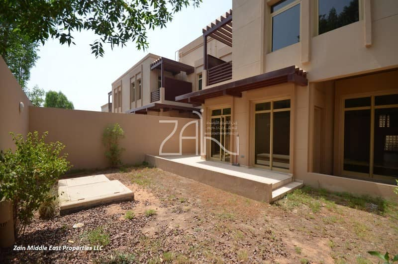 10 Hot Deal Lovely 4BR TH in Prime Location