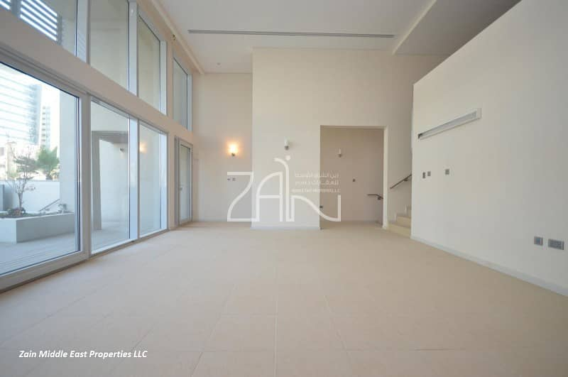 2 Hot Deal Superb 4 BR Townhouse with Private Pool