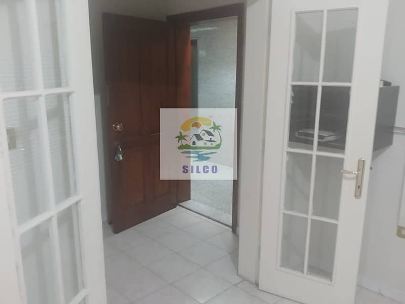 2 3 BIG BEDROOM FLAT WITH CENTRAL A/C