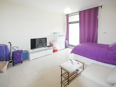 Studio for Rent in The Views, Dubai - Lake View| Chiller free!|Well maintained