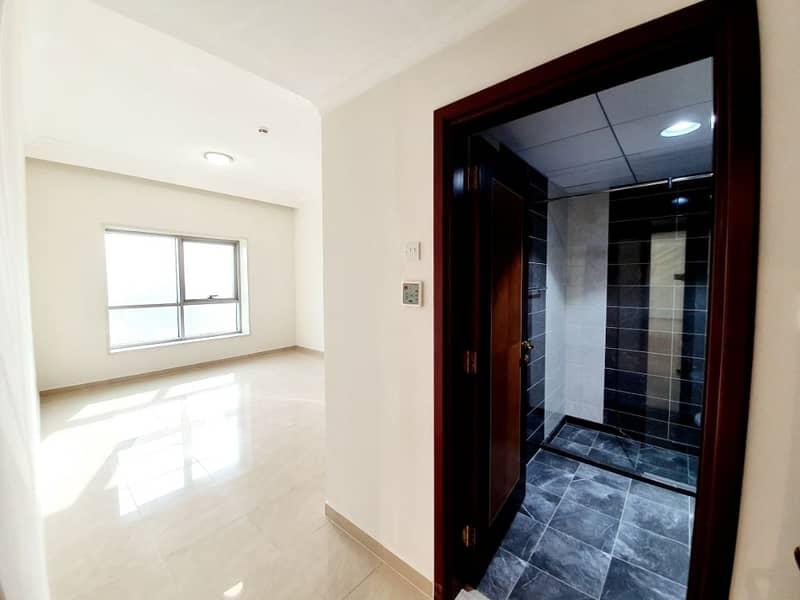 ادفع فقط 5% بمقدم 38 الف درهم تملك شقة غرفتين  جاهزه للسكن تملك حر 100%