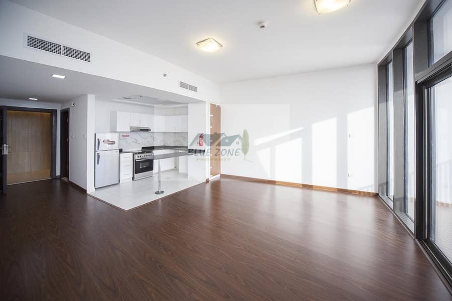 0% COMMISSION LIKE NEW STUDIO APARTMENT WITH BALCONY PARKING ALL AMENITIES IN 36K