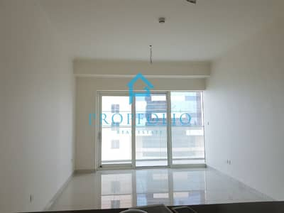 1 Bedroom Apartment for Rent in Dubai Marina, Dubai - Stunning Sea View  Bright  1 bedroom in Luxurious Damac Heights