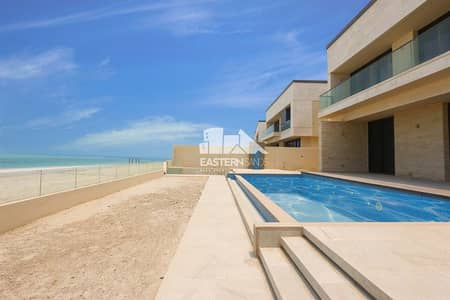 7 Bedroom Villa for Rent in Saadiyat Island, Abu Dhabi - Swimming pool