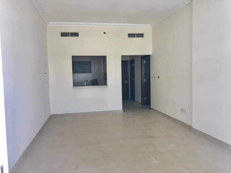 شقة في مساكن ذا بلازا قرية جميرا الدائرية 1 غرف 38000 درهم - 4226171