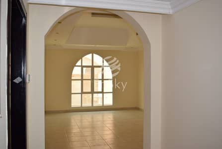 5 Bedroom Villa for Rent in Khalifa City A, Abu Dhabi - fantastic deal 5 bedroom villa with garden