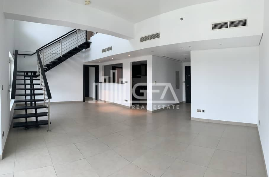 2 3 Bed Duplex + Maid | Lake View | Huge Terrace