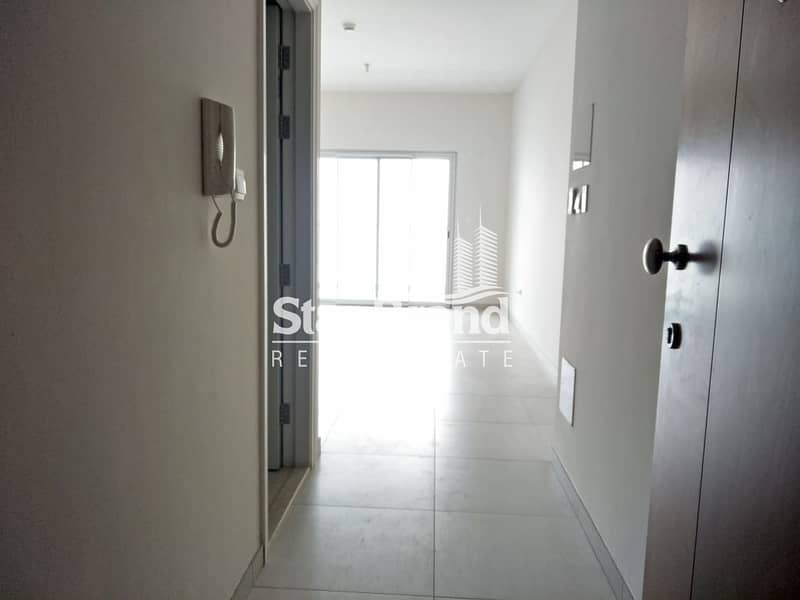 11 1 BEDROOM WITH BALCONY IN AMAYA TOWER FOR RENT