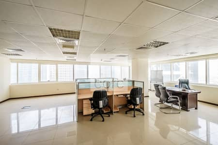 مکتب  للايجار في أبراج بحيرات جميرا، دبي - Fitted Office | High Floor | SZR Views