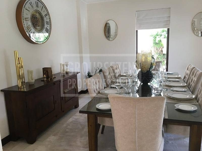 2 Amazing 4 Bed Villas wz swimming pool  in Garhoud