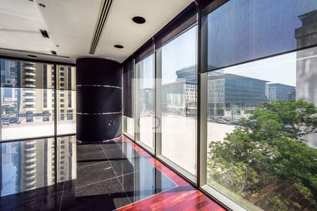 Office for Rent in Sheikh Zayed Road, Dubai - Spacious Office | Available Shell and Core