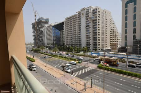 2 Bedroom Flat for Rent in Palm Jumeirah, Dubai - Large 2 Bedroom in Golden Mile with Park View