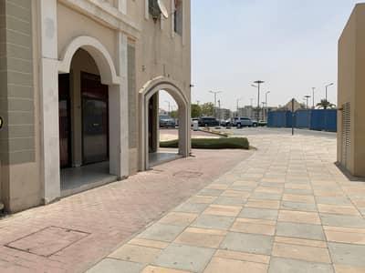 محل تجاري  للبيع في المدينة العالمية، دبي - 7.5%ROI