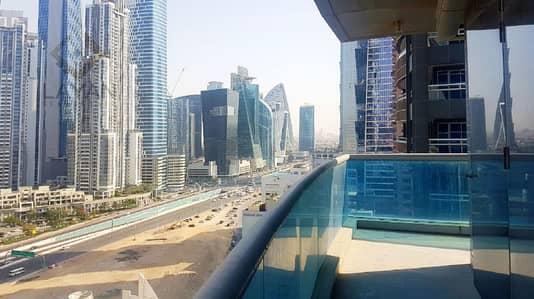 شقة 3 غرف نوم للايجار في الخليج التجاري، دبي - شقة في برج فالكون الخليج التجاري 3 غرف 150000 درهم - 4228998