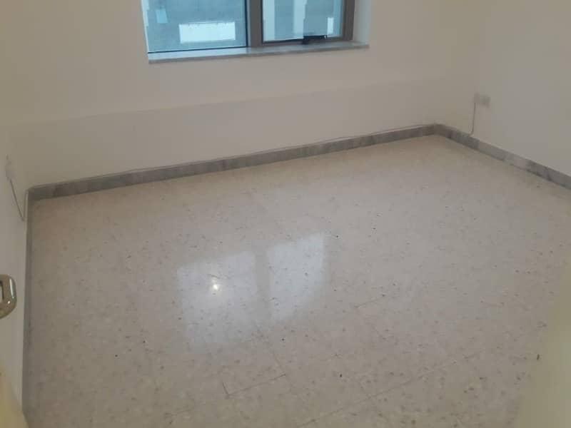 شقة في منطقة النادي السياحي 2 غرف 55000 درهم - 4228911