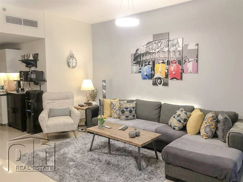 One Bedroom|Pristine Cindition|Tenanted|Exclusive
