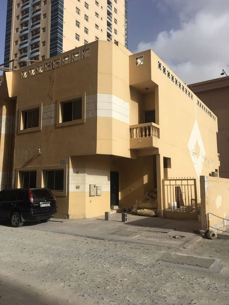 GREAT VILLA  4 BEDROOMS HALL /MAID ROOM/STORE BIG TERRACE CENTRAL A/C DIRECT EMIRATE ROAD. . .