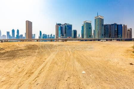 ارض سكنية  للبيع في الخليج التجاري، دبي - Walking to Dubai Mall