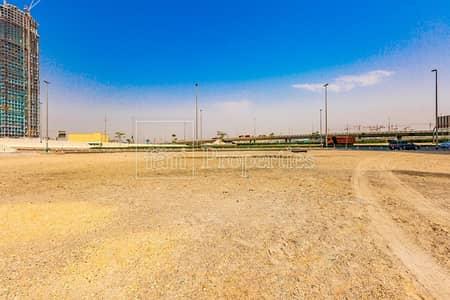 ارض سكنية  للبيع في الخليج التجاري، دبي - Corner MixedUse G+34 | Walking Distance Dubai Mall