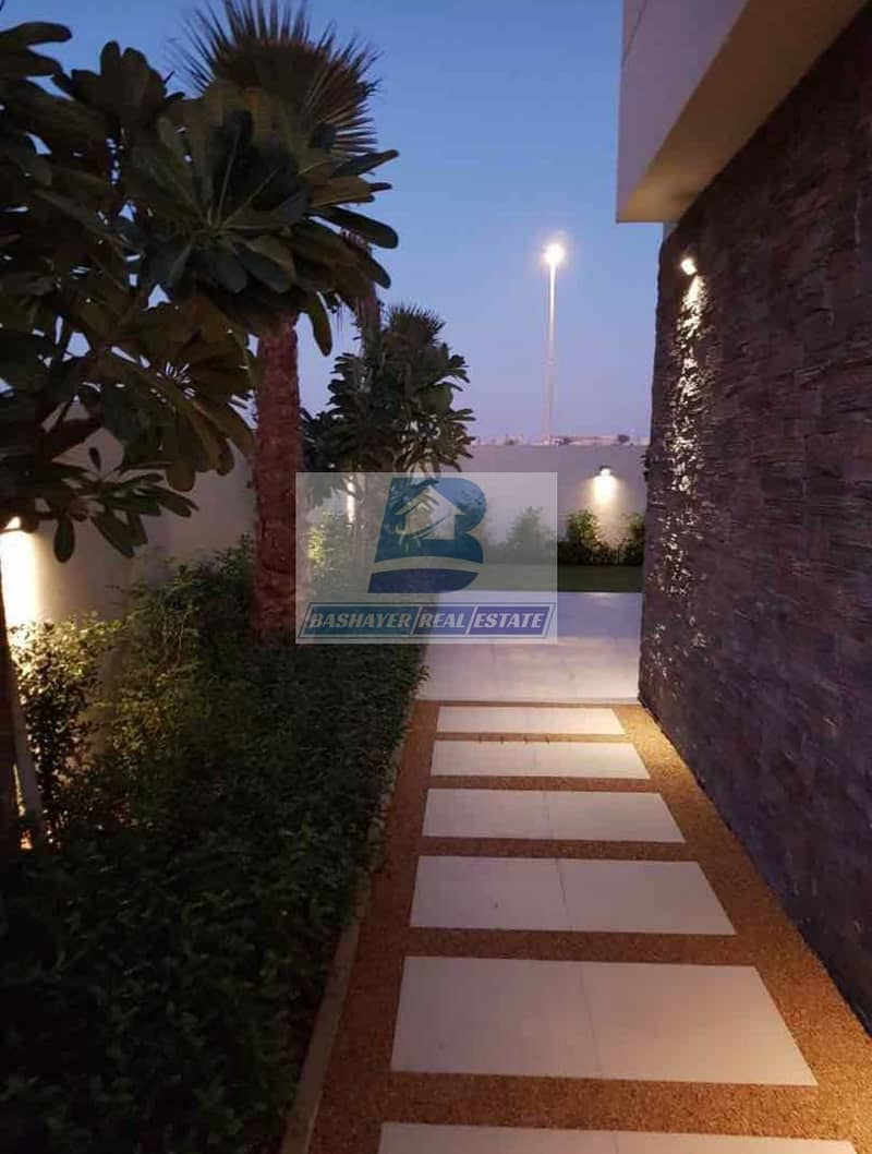 2 Ready To Move -5 Bed Luxury Villa with GULF VIEW  - Fully Furnished - DLD Waived