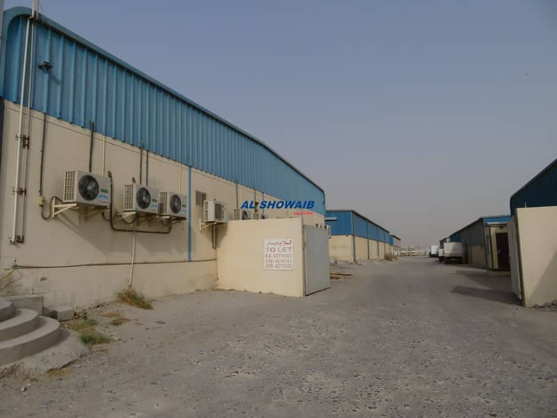 11 1500 Sq ft Showroom & Warehouse Available in Nad al hamar