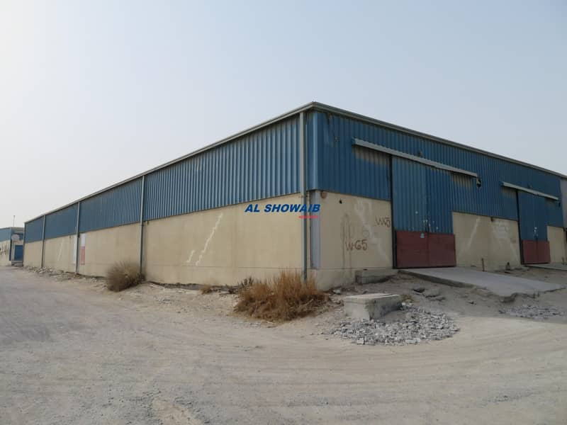 6 1500 Sq ft Showroom & Warehouse Available in Nad al hamar
