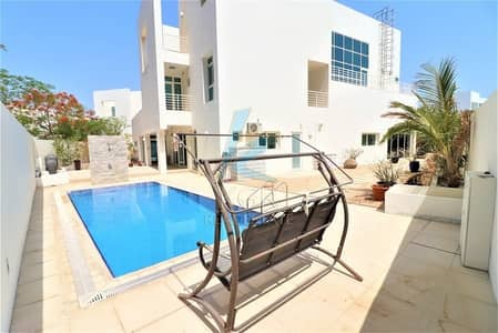 5 Bedroom Villa for Sale in Al Sufouh, Dubai - Independent 5BR Villa with elevator/pool