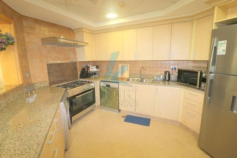 10 Fully Furnished I Spacious 2 Bedroom Apt