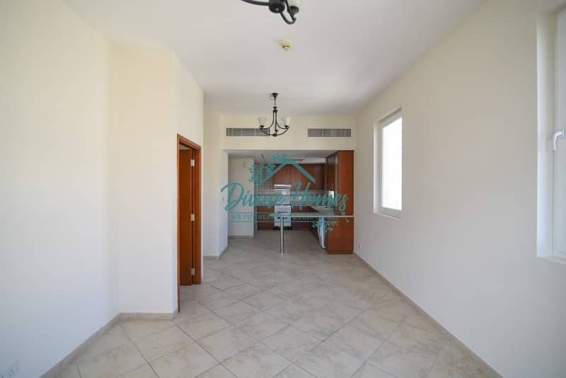 17 One Bedroom | Large Covered Terrace | Pool view