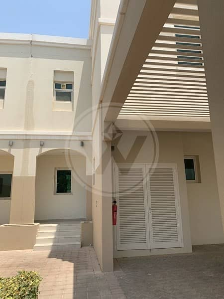 2 2+1 Townhouse available for rent with maintenance