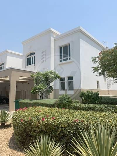 فیلا 3 غرفة نوم للايجار في الغدیر، أبوظبي - Stunning villa 3+1|Corner unit with big Garden!