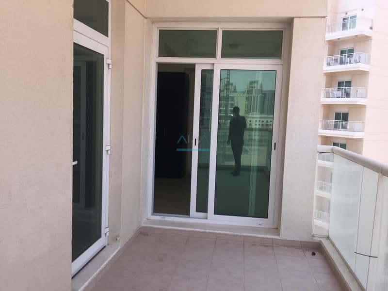 10 AMAZING 2BHK FLAT FOR RENT 49999IN LIWAN Q POINT