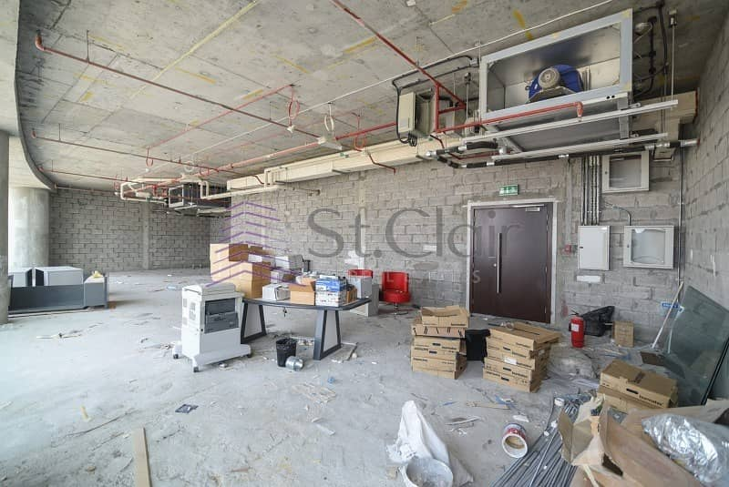 10 Fitted or Shell & Core | Emirates Financial Tower