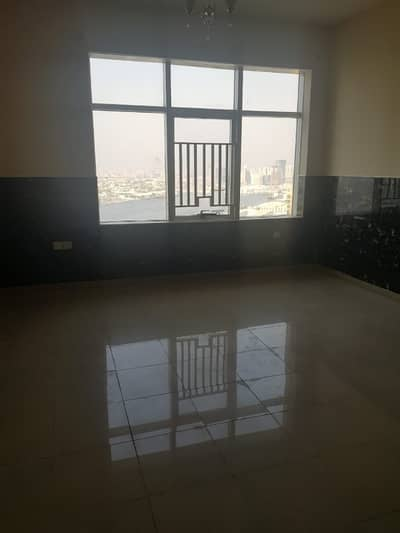 Studio for Rent in Ajman Downtown, Ajman - AMAZING OFFER!! HUGE SEA VIEW STUDIO WITH PARKING FOR RENT IN HORIZON TOWER.