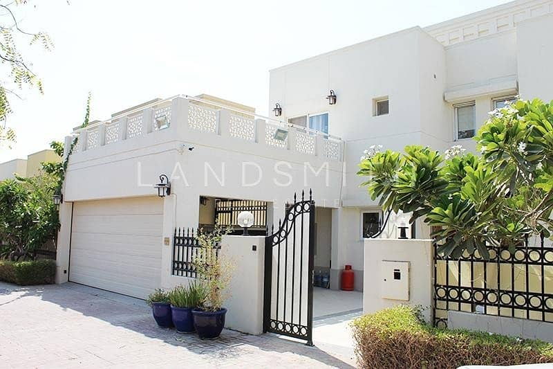21 Fully Upgraded 4 BR Villa I Ready to Move In