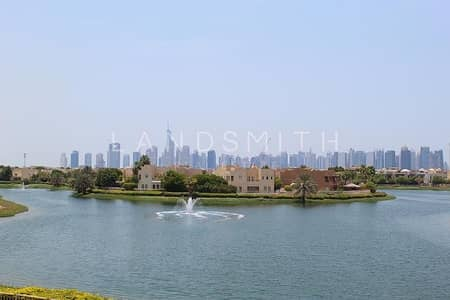 5 Bedroom Villa for Sale in The Meadows, Dubai - Panoramic Lake View 5BR Upgraded Villa with Pool