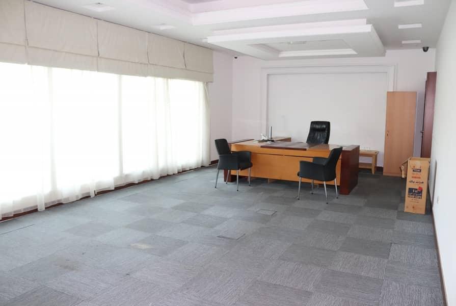 2 Commercial villa for rent - Jumeirah 1