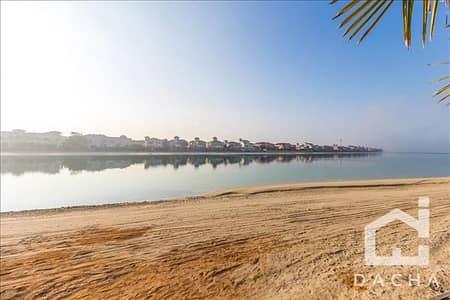 ارض سكنية  للبيع في نخلة جميرا، دبي - Land For Sale / Only AED 600 per sq.ft