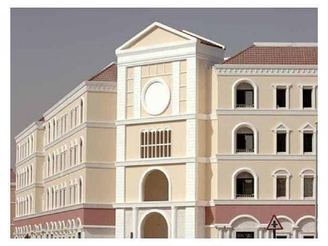شقة في طراز إيطاليا المدينة العالمية 1 غرف 30000 درهم - 4083511