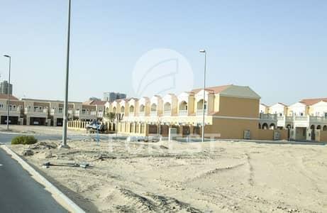 ارض سكنية  للبيع في قرية جميرا الدائرية، دبي - Single Row Villa Plot VIP Location